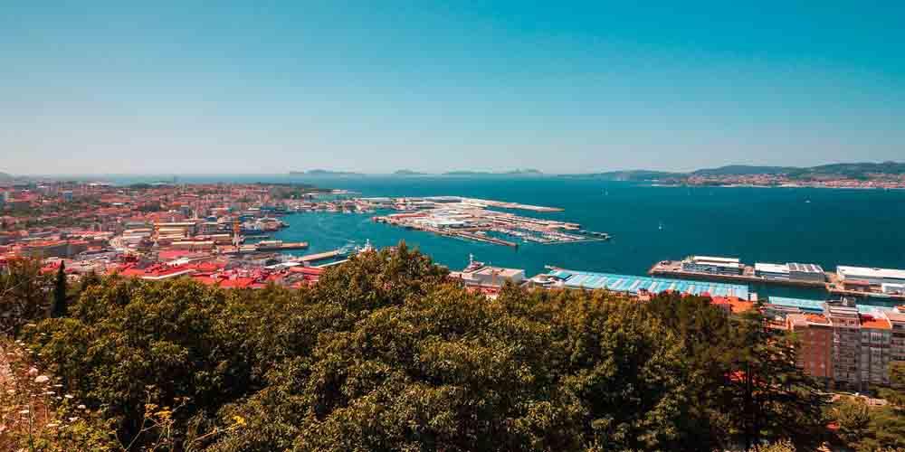 El puerto de Vigo, uno de los sitios donde comprar los billetes para las Islas Cíes.