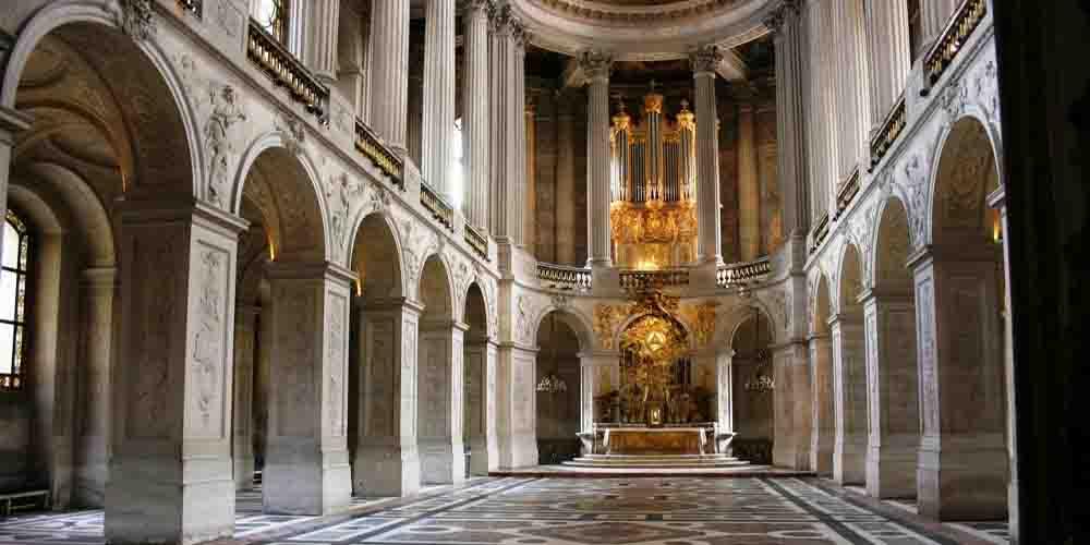 Precio de entrada al Palacio de Versalles para ver sus salas como la de la imagen.