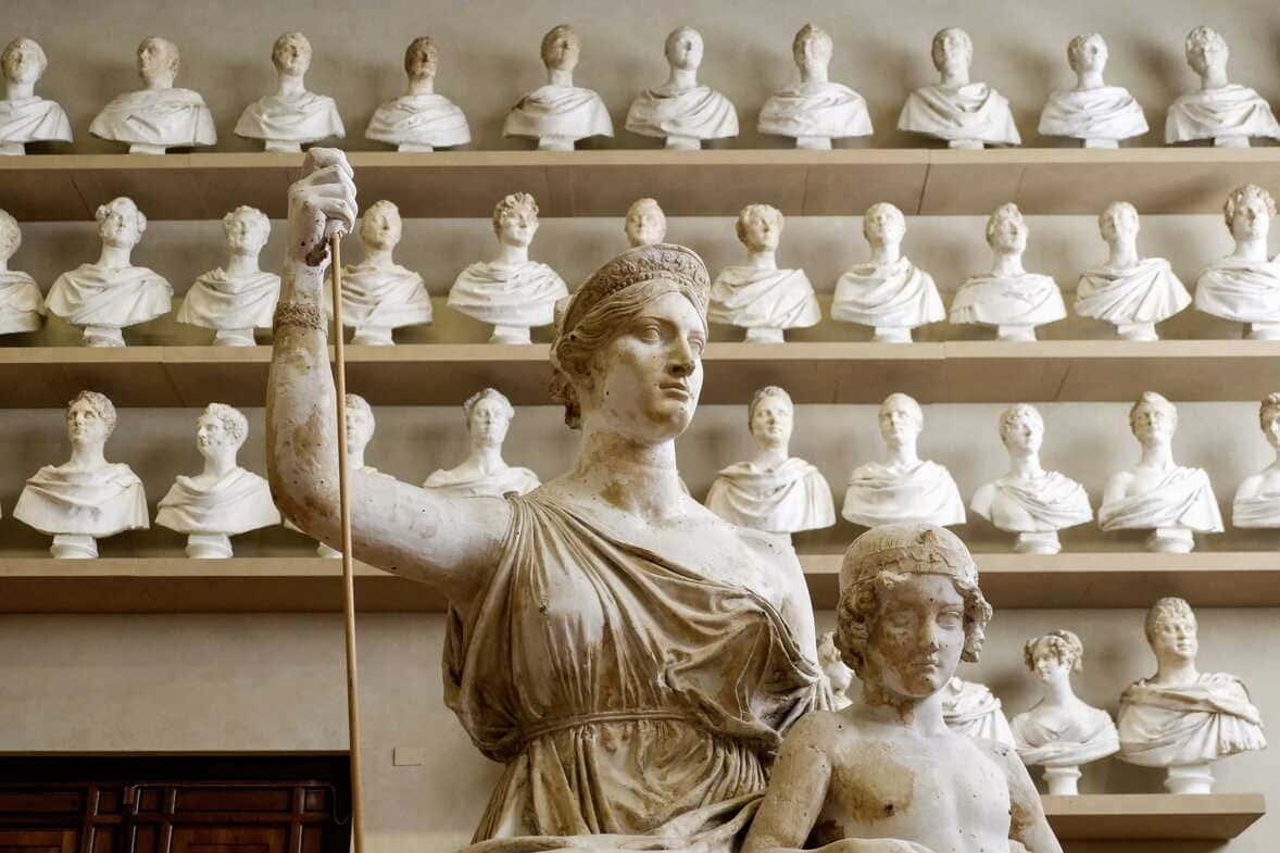 Gipsoteca Bartolini, sala para ver en la Galería de la Academia