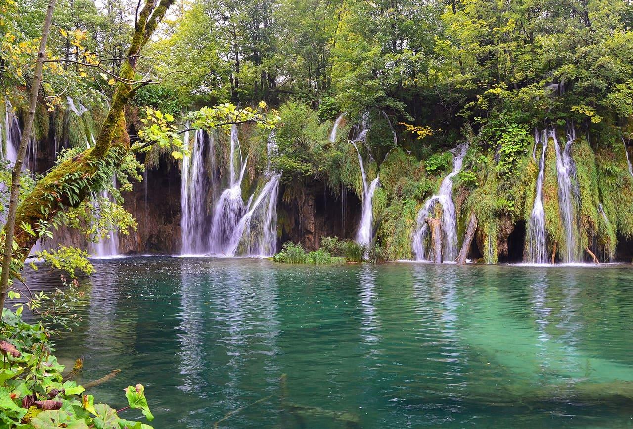 Lagos de Plitvice en Croacia – Guía completa para visitarlos